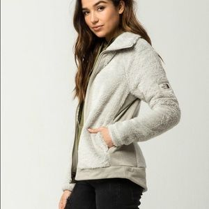Nwt northface furry rainday ivory zip up